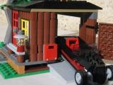 lego-city-4438-robbers-hideout-ibrickcity-34