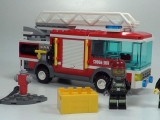 lego-60002-city-fire-truck-ibrickcity-11