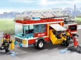 lego-60002-city-fire-truck-ibrickcity-7