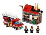 lego-60003-city-fire-emergency-ibrickcity-4