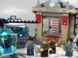 lego-60008-city-museum-break-in-ibrickcity-13