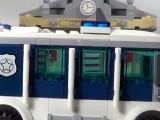 lego-60008-city-museum-break-in-ibrickcity-18