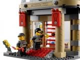lego-60008-city-museum-break-in-ibrickcity-3