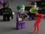 lego-super-heroes-6863-batwing-battle-over-gotham-city-ibrickcity13