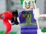 lego-super-heroes-6863-batwing-battle-over-gotham-city-ibrickcity3