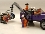 lego-super-heroes-6864-batmobile-two-face-chase-ibrickcity-2
