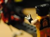 lego-6866-super-heroes-wolverine-chopper-showdown-ibrickcity-9