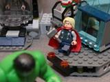 lego-super-heroes-6868-hulk-helicarrier-breakout-ibrickcity-15