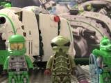 lego-70704-galaxy-squad-vermin-vaporizer-ibrickcity-mini-figures
