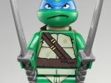 lego-79104-teenage-mutant-ninja-turtles-the-shellraiser-street-chase-ibrickcity-leonardo