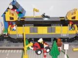 lego-city-7939-cargo-train-ibrickcity-36
