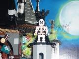 lego-monster-fighters-9468-vampyre-castle-ibrickcity-38