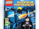 lego-sdcc-minifigure-super-man-black-suite
