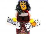 lego-series-9-minifigures-fortune-teller-12