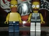 lego-simpsons-mini-figures-homer-simpson-net-flanders
