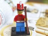 lego-mini-figures-encyclopedia-2013-toy-soldier-1