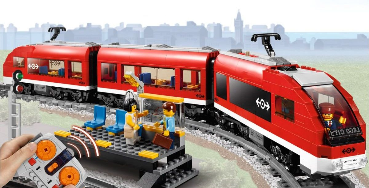 Lego City Passenger Train 7938 Lego City 7938 Passeng...